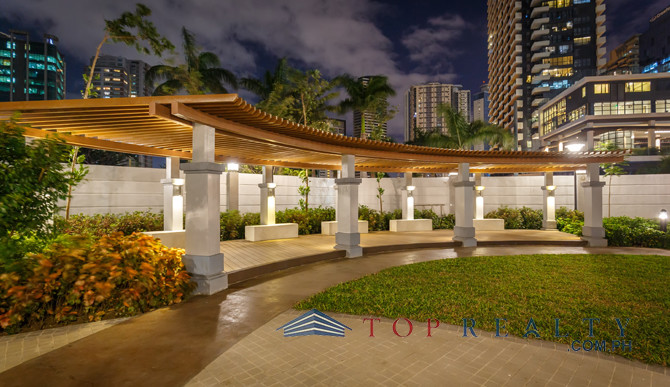Top Realty Corporation Ds88716 Trion Tower 2 One