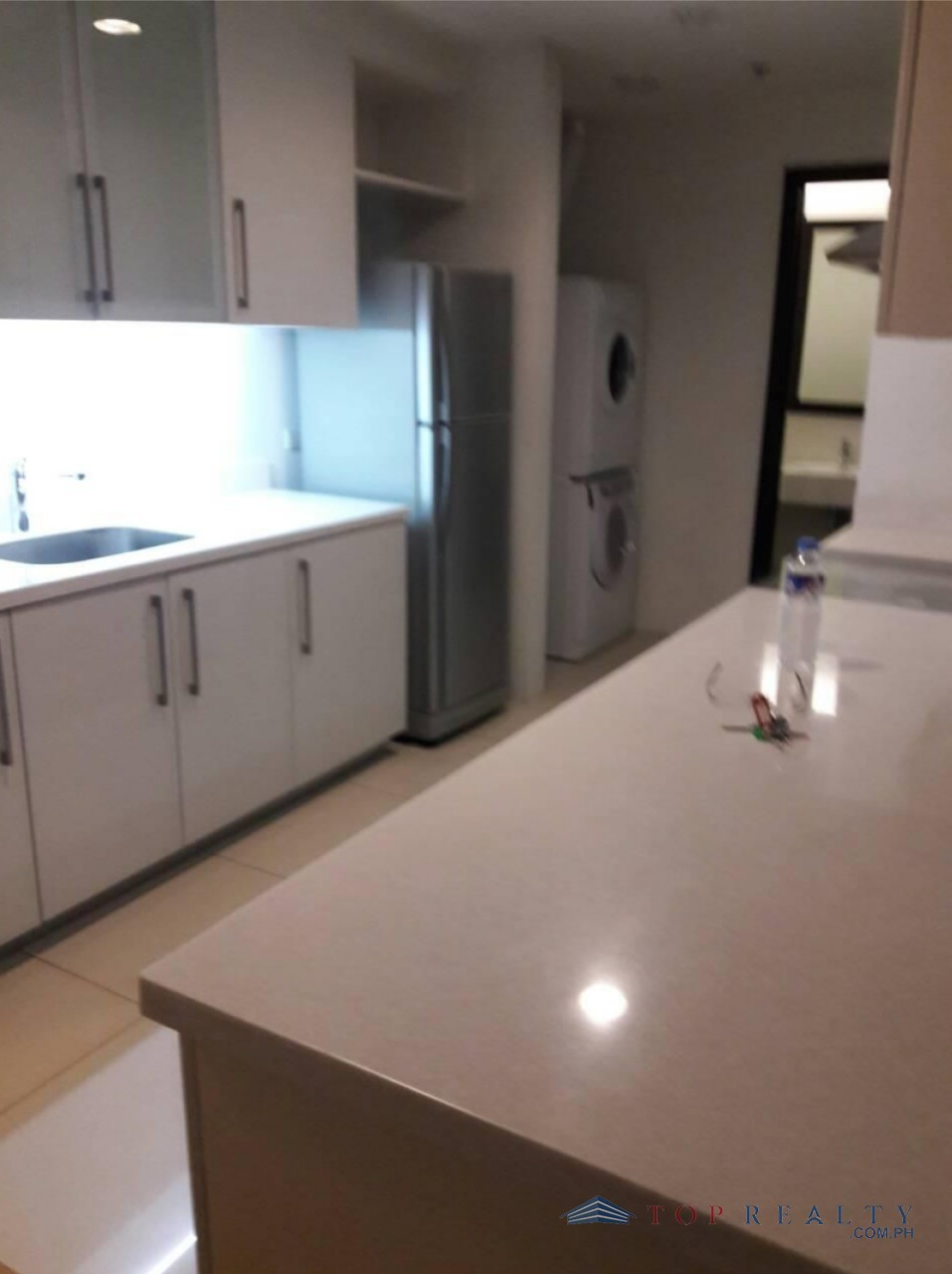 One Bedroom For Rent: Special One Bedroom 1BR Condo For