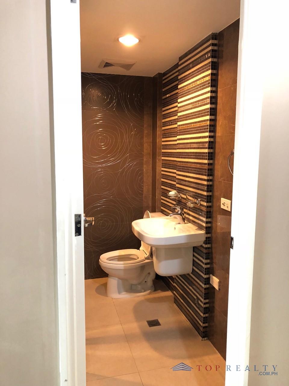3 Bedroom Condos In Panama City Beach: DR88327- Three Bedroom 3BR Condo