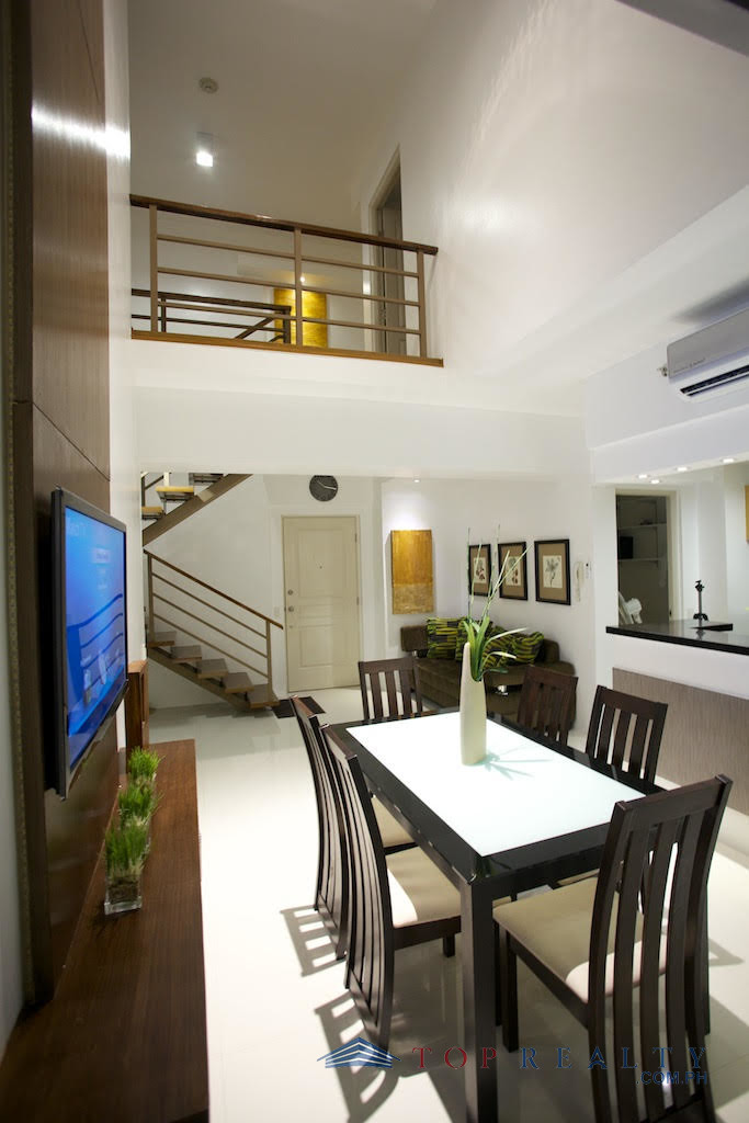 3 Bedroom Condos In Panama City Beach: DR88463- Corner Unit Three